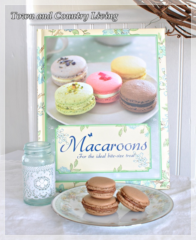 French Macaron Cookbook
