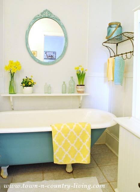 Painted Claw Foot Tub in Farmhouse Bathroom