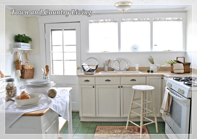 Kitchen - www.town-n-country-living.com