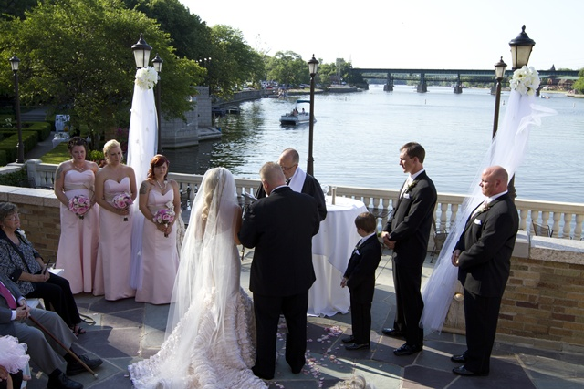 My Daughter S June Wedding At Hotel Baker Town Country Living
