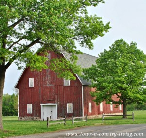 Big Red Barn at Leroy Oakes Forest Preserve