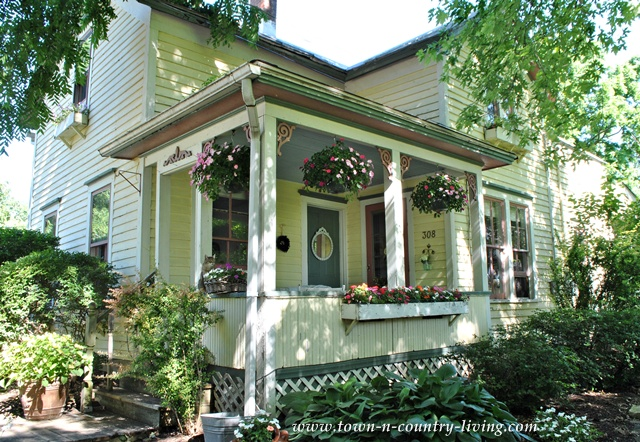 Summer Farmhouse Porch Decorating Ideas Town Amp Country
