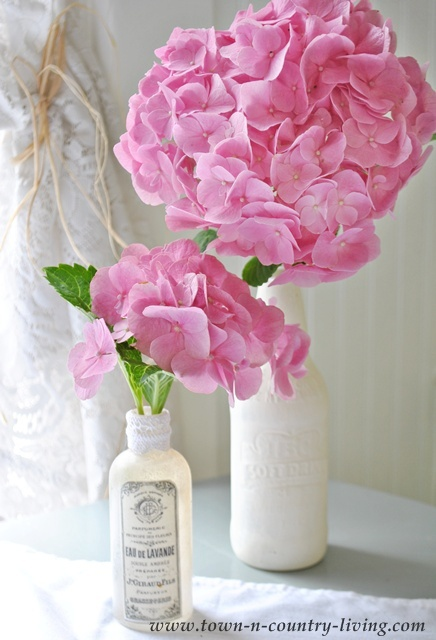 Pink Hydrangeas in a Farmhouse Kitchen at Town and Country Living blog