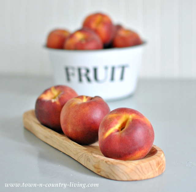Summer Peaches for Simple Peach Cobbler Recipe - Town and Country Living