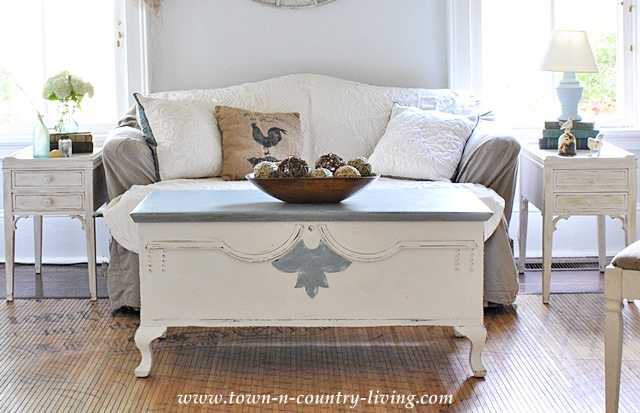 Love Seat With Slip Cover   Town And Country Living Blog