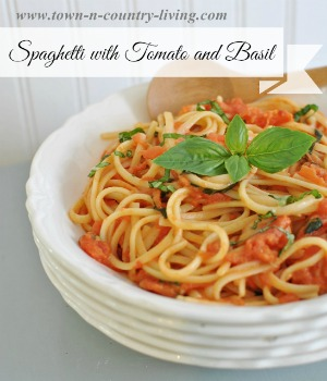 Best Ever Spaghetti with Tomato and Basil