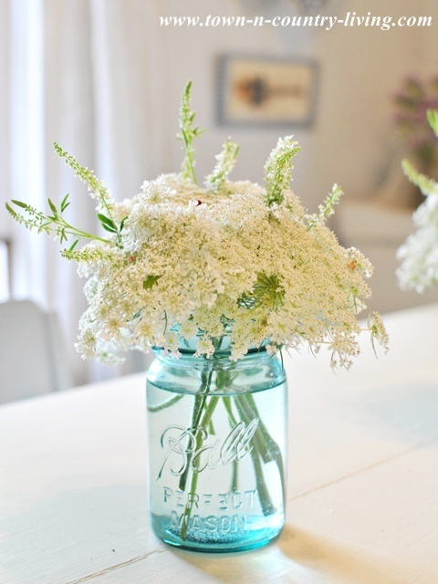 Small And Simple Decorating Details Town amp Country Living