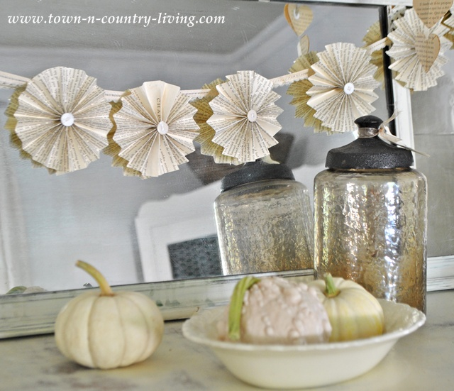 How to Make a Paper Fan Garland - Town & Country Living
