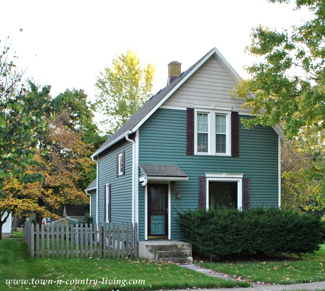 Cool Cute Houses In My Hometown Town Country Living Largest Home Design Picture Inspirations Pitcheantrous