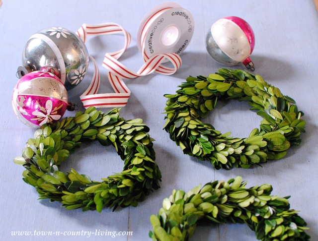 DIY Christmas Decor - Trio of Boxwood Wreaths - Town & Country Living