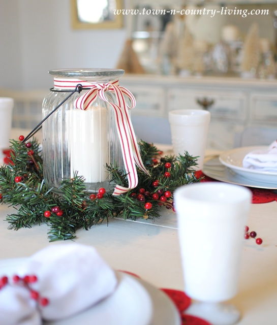 Christmas Centerpiece via Town and Country Living