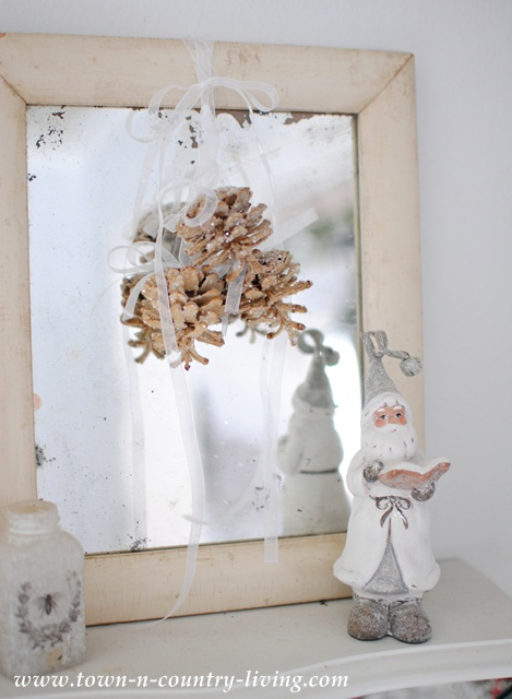 White Santa and Shabby Mirror
