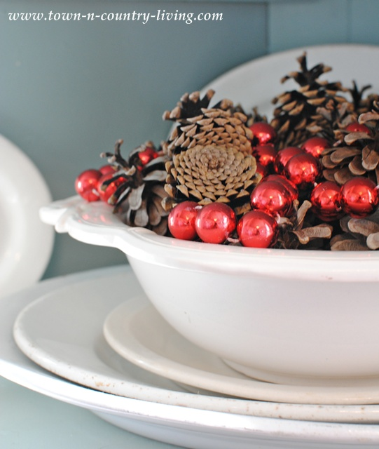 Pine cones and red beads at Christmas