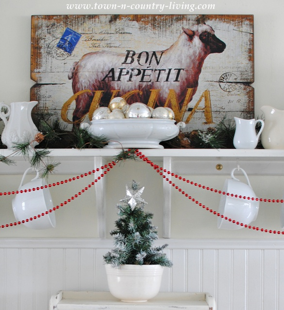 Farmhouse Christmas Decorating at Town and Country Living