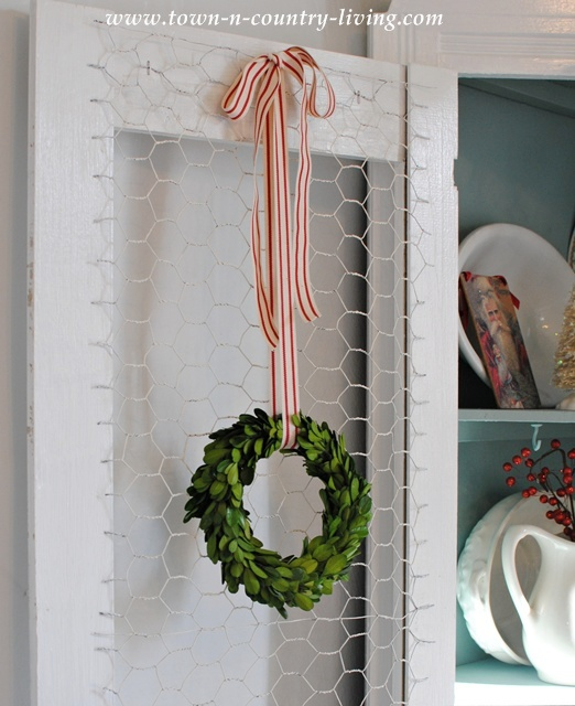 Town and Country Living Christmas Details