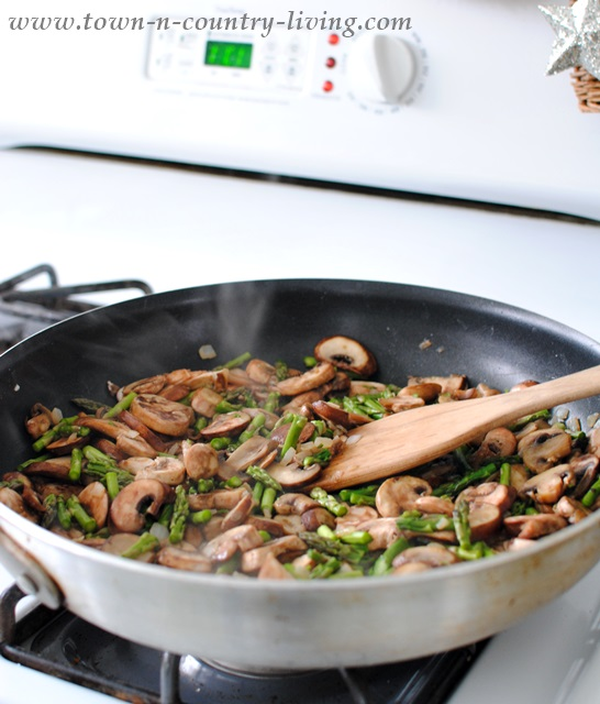 Sauteed mushrooms and asparagus for quiche recipe
