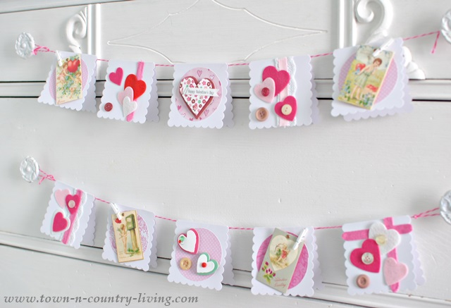 DIY Valentine's Day Card Garland