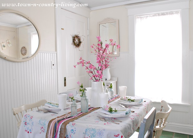 Spring Decorating in the Kitchen Nook