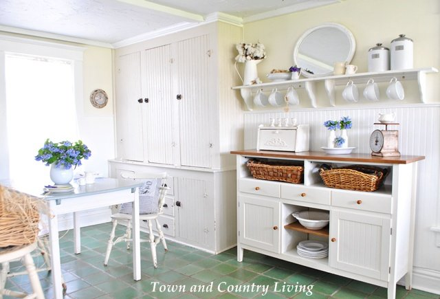my farmhouse kitchen town country living. Black Bedroom Furniture Sets. Home Design Ideas