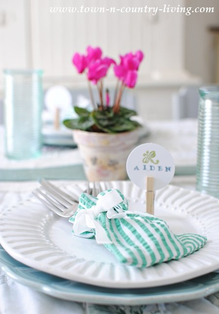 Effortless Spring Tablescape