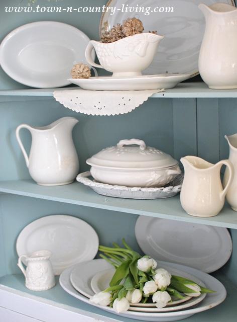 Farmhouse-Dining-Cabinet