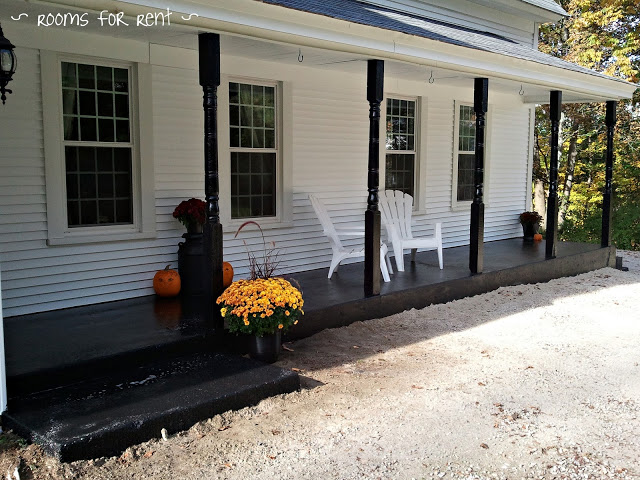 Expansive Front Porch at Rooms for Rent