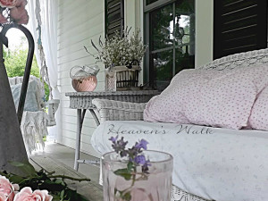 Charming Shabby Chic Farm House ~ Heaven's Walk