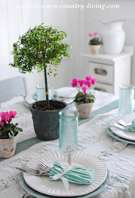 Effortless Spring Tablescape Town Amp Country Living
