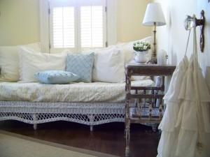 Charming Shabby Cottage Home Tour ~ Cottage Fix