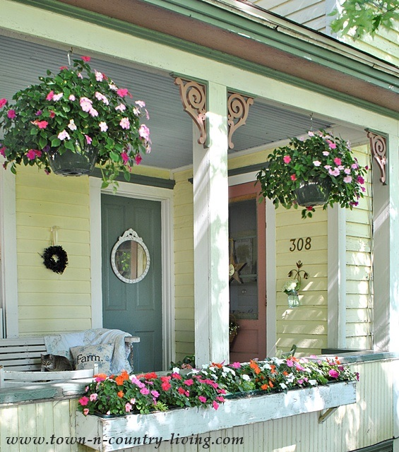 "Farmhouse Front Porch Ideas: A Simple DIY Project And The ""Inspire Me Challenge"""