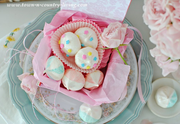 French Meringue Cookies for Mother's Day