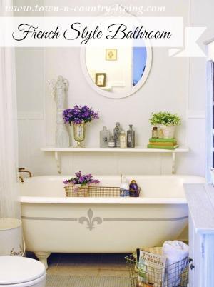 French Style Farmhouse Bathroom