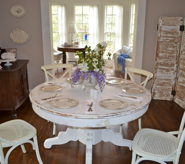 Charming Shabby Cottage Home Tour ~ Cottage Fix - Town & Country Living