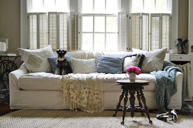 Shabby Cottage Style Living Room