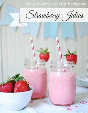 Strawberry Julius