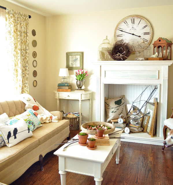 Charming Traditional Living Room at Jennifer Rizzo Blog