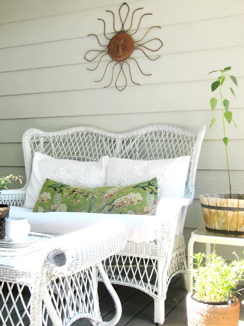 Vintage Wicker Patio Furniture