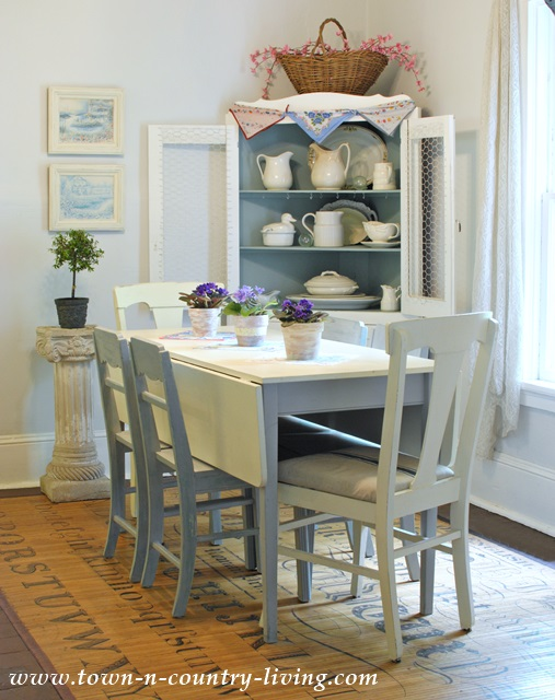 Cottage style summer home tour 2014 town country living for Farmhouse cottage style