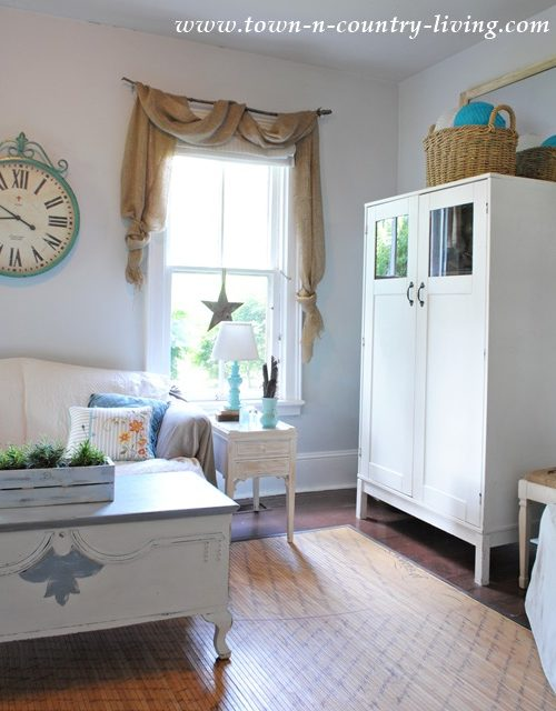 Burlap Swags in Cottage Style Family Room