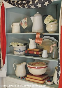 Patriotic Decorating ~ My Dining Hutch