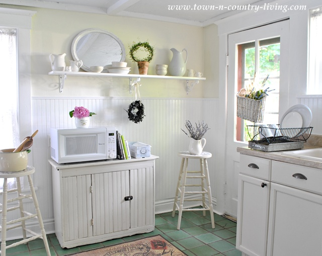 Open Shelving in Farmhouse Kitchen with Bead Board