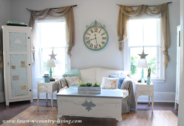 Farmhouse Family Room Decorated for Summer