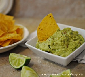 Mild and Creamy Guacamole Recipe