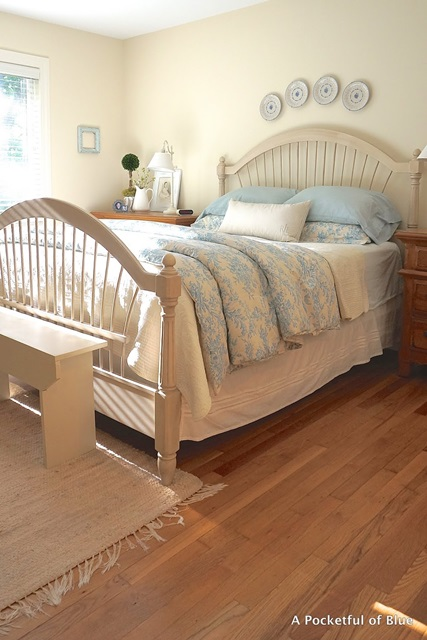 Charming cottage style a pocketful of blue town country living Master bedroom bed linens