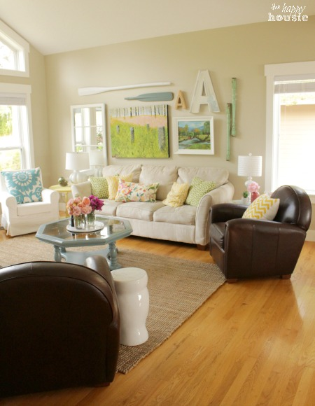Cottage Style Living Room at Happy Housie