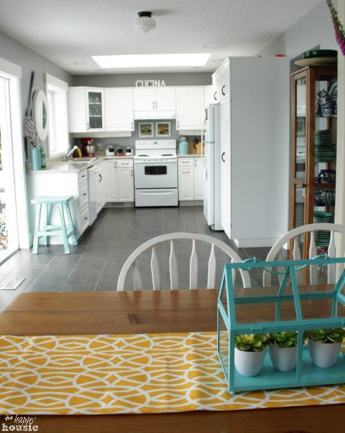 White Coastal Kitchen