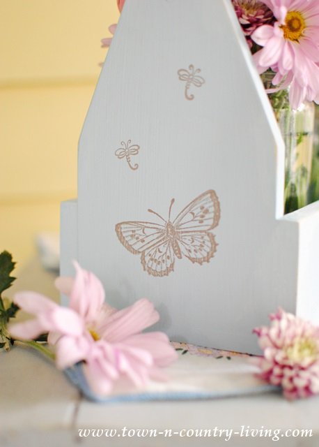 Wooden Tote painted with Annie Sloan Chalk Paint in Louis Blue