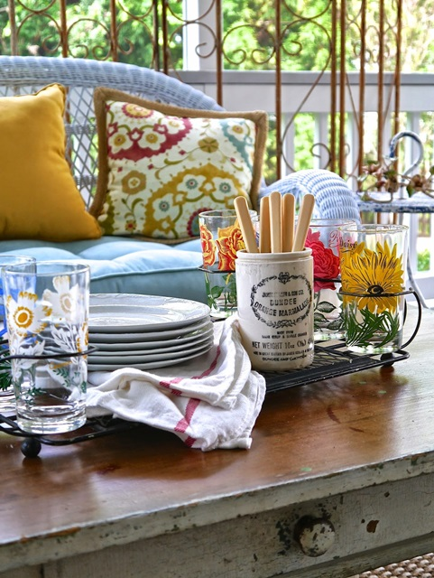 Screened Porch Furniture