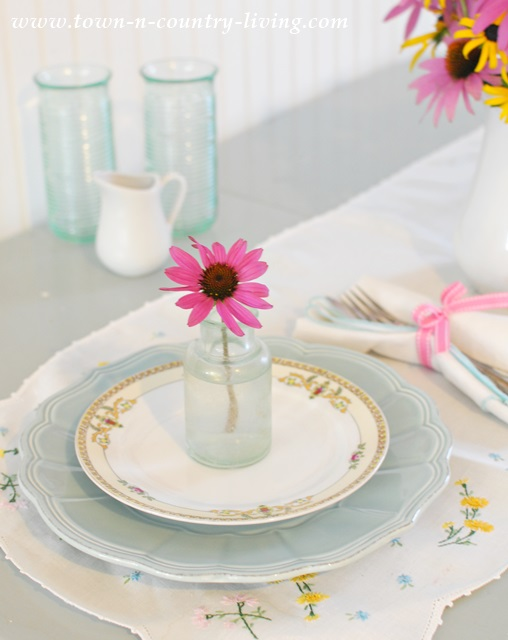 Simple Summer Table Setting with Flowers from the Garden