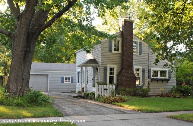 Tiny Historic Home in Geneva Illinois